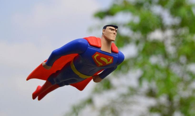 Директолог супермен
